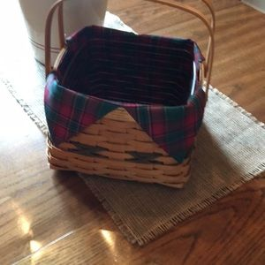 Longaberger 2000 Edition Christmas Basket